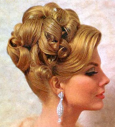 60 S Early 70s Updo Hairstyle I Absolutely Adore Doing These It S Like Swirling The Frosting Onto A Cake Vintage Hairstyles Vintage Updo Retro Hairstyles
