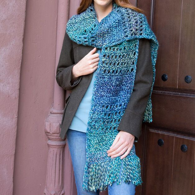Red Heart The Big Easy Scarf | Beginner knitting patterns ...