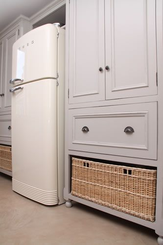 Dove Grey Grocery Cupboard With Basket & Drawers & Smeg Fridge.