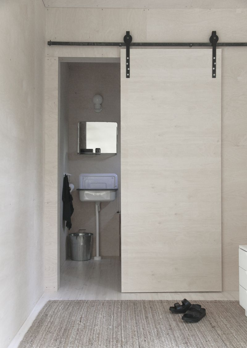 Cottage Sliding Door / TotA