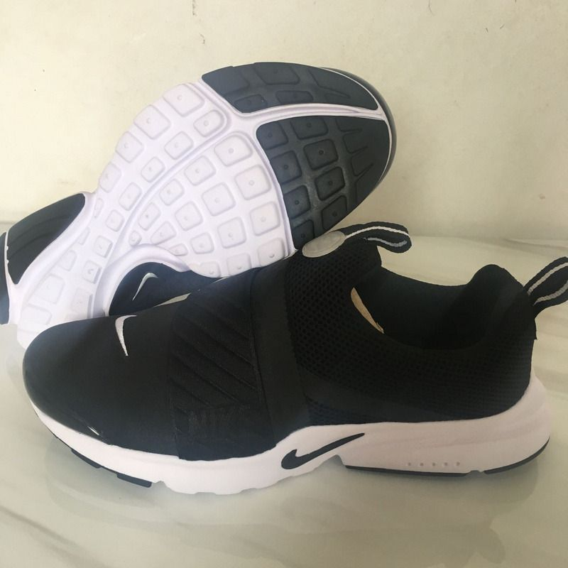 Nike Presto Extreme Running Shoes black and white  https://sweetengineerfan.tumblr.