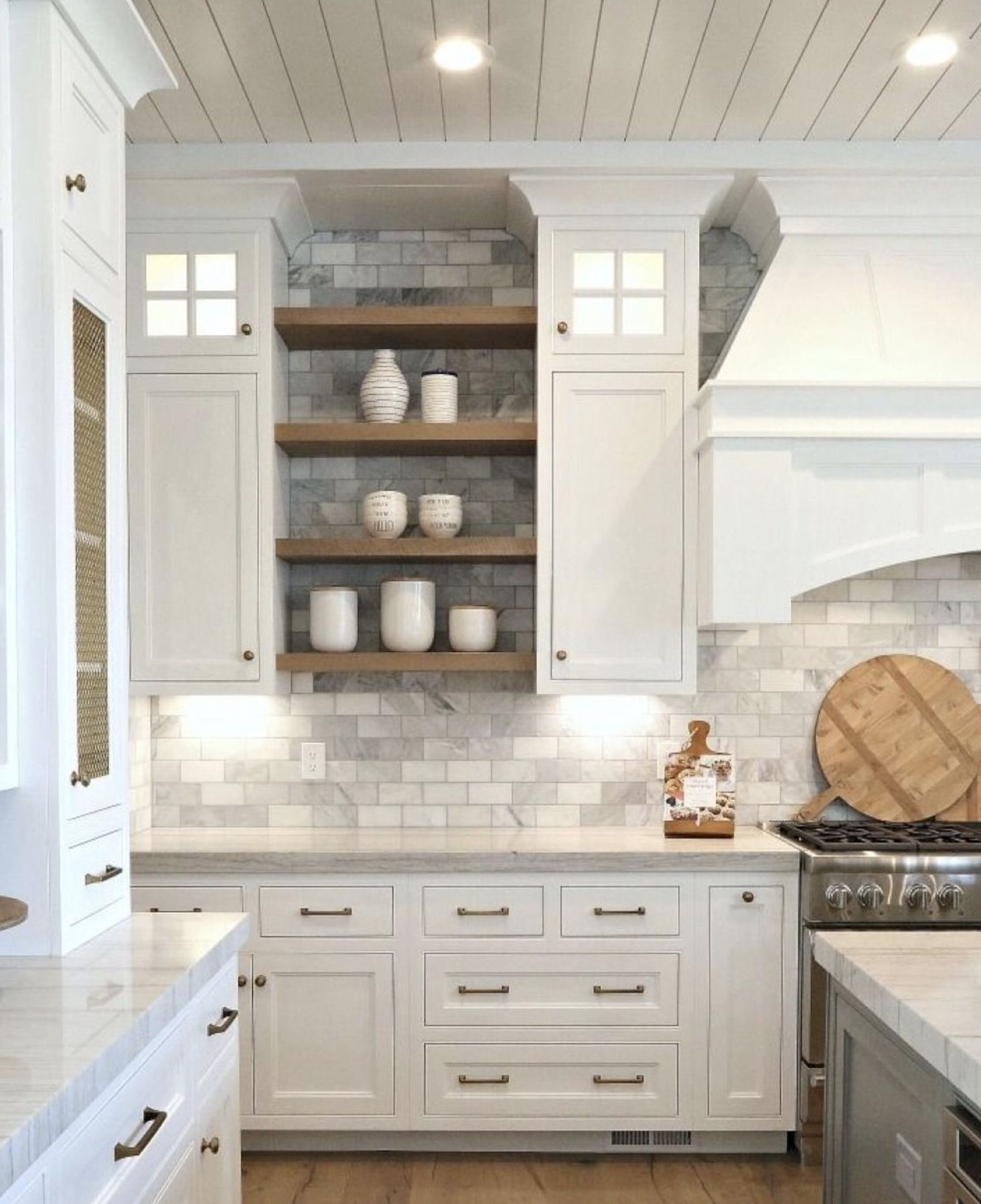 Beautiful Marble Subway Tile Backsplash