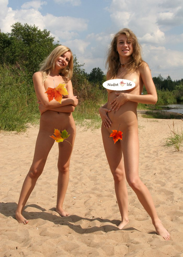 little girls nude on beach with mom
