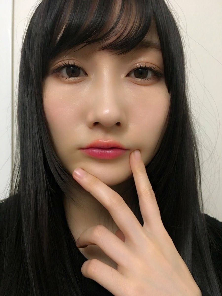 ドアップの矢倉楓子