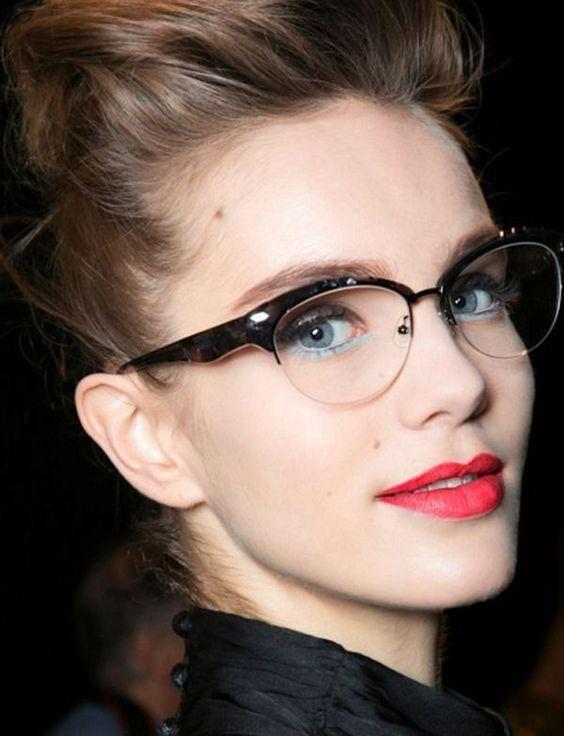 Montura elegante, no dejes de ser tú y sigue llevando tus gafas en ...