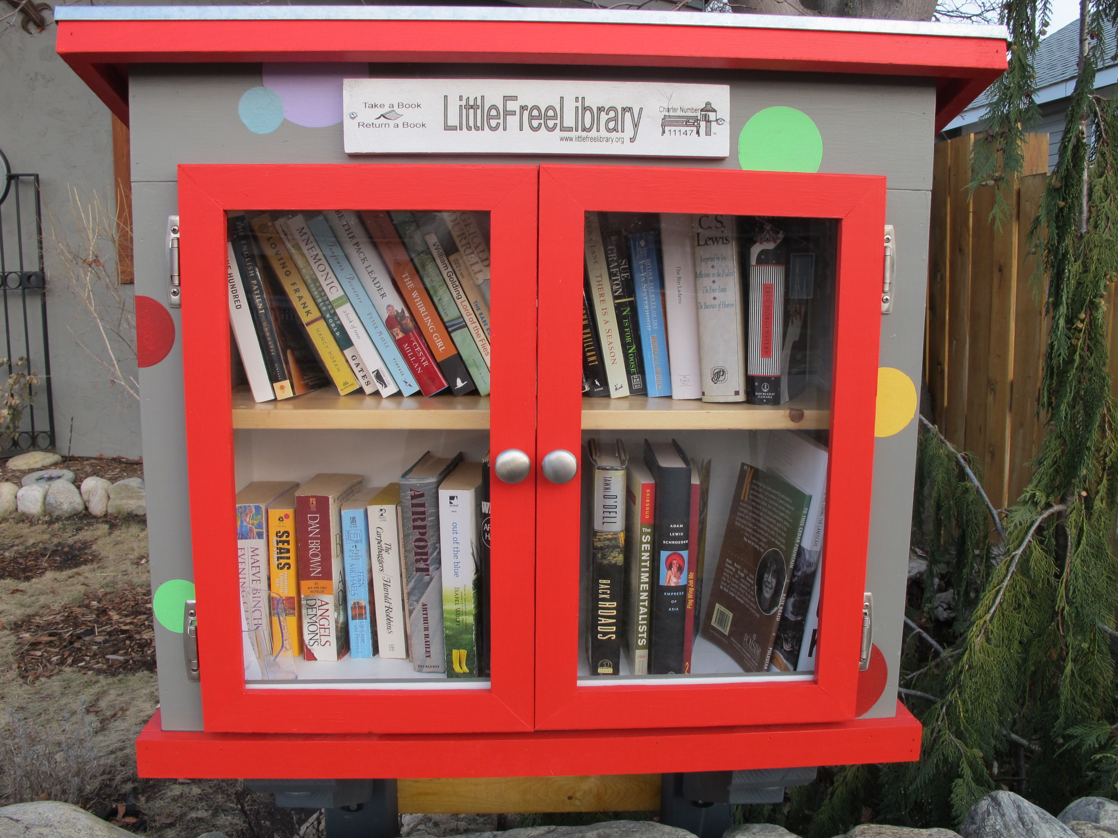 Dave And Allison Corbeil And Howard Penticton British Columbia Canada Allison Had Been Thinking About Little Free Libraries Little Library Free Library