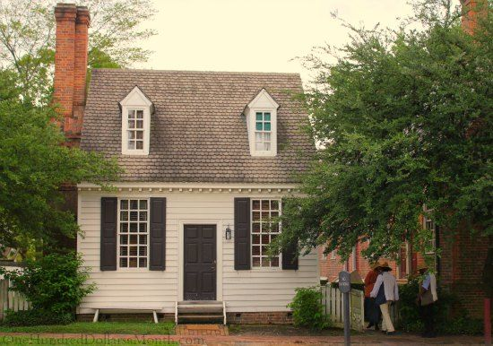 Homes of colonial williamsburg va colonial williamsburg for Williamsburg style house plans