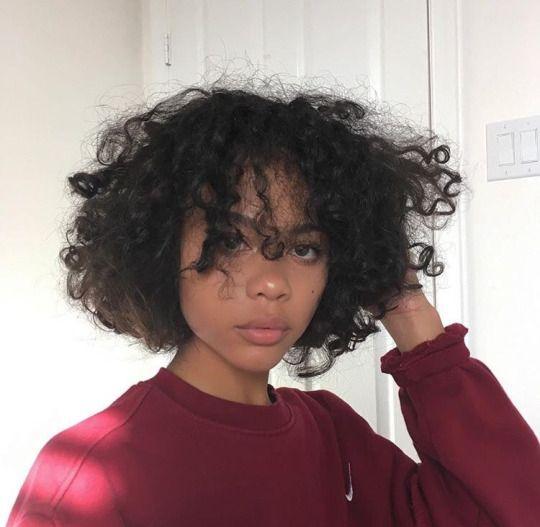 Laeiha In 2019 Curly Hair Styles Short Curly Hair