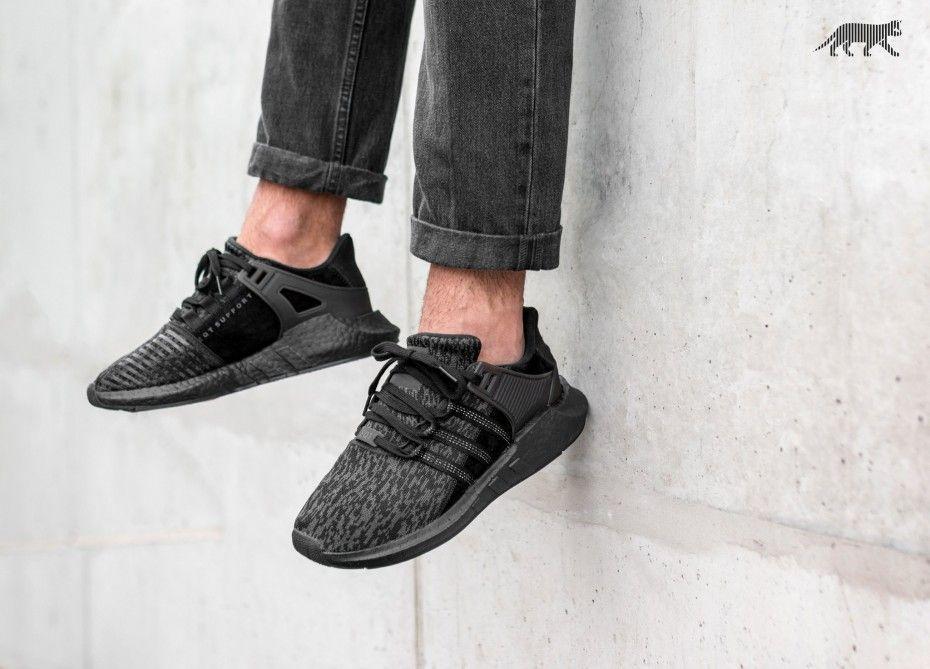 Adidas eqt sostegno 93 / 17 triple nero adidas eqt sostegno 93 / 17