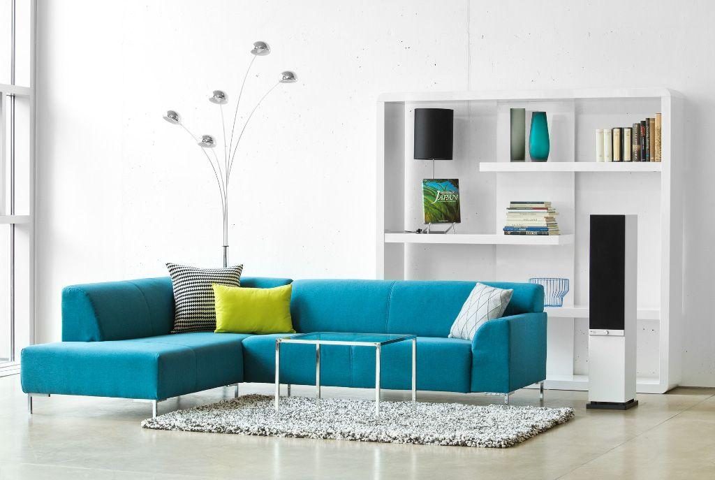 wit interieur met blauwe en Limoengroene kleuraccenten Google zoeken www.wonen.nl