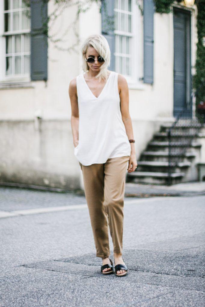 Old Navy Camel Harper Trousers V neck Tank black slip on sandals Street  Style Blogger /