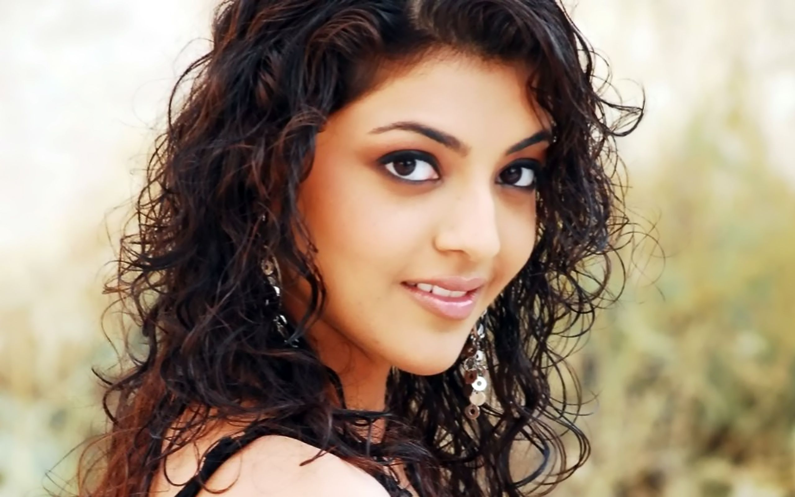 Hot Kajal Aggrawal's HD wallpaper