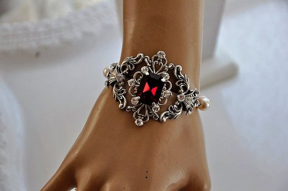 Vintage Style BraceletBridal Pearl by cynthiacouture on Etsy, $99.00