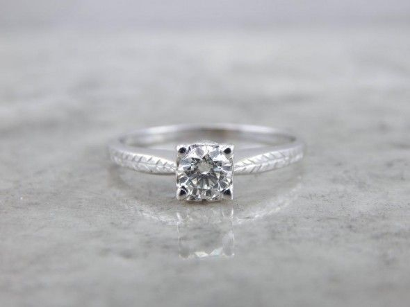 Diamond Solitaire Retro Era Engagment Ring