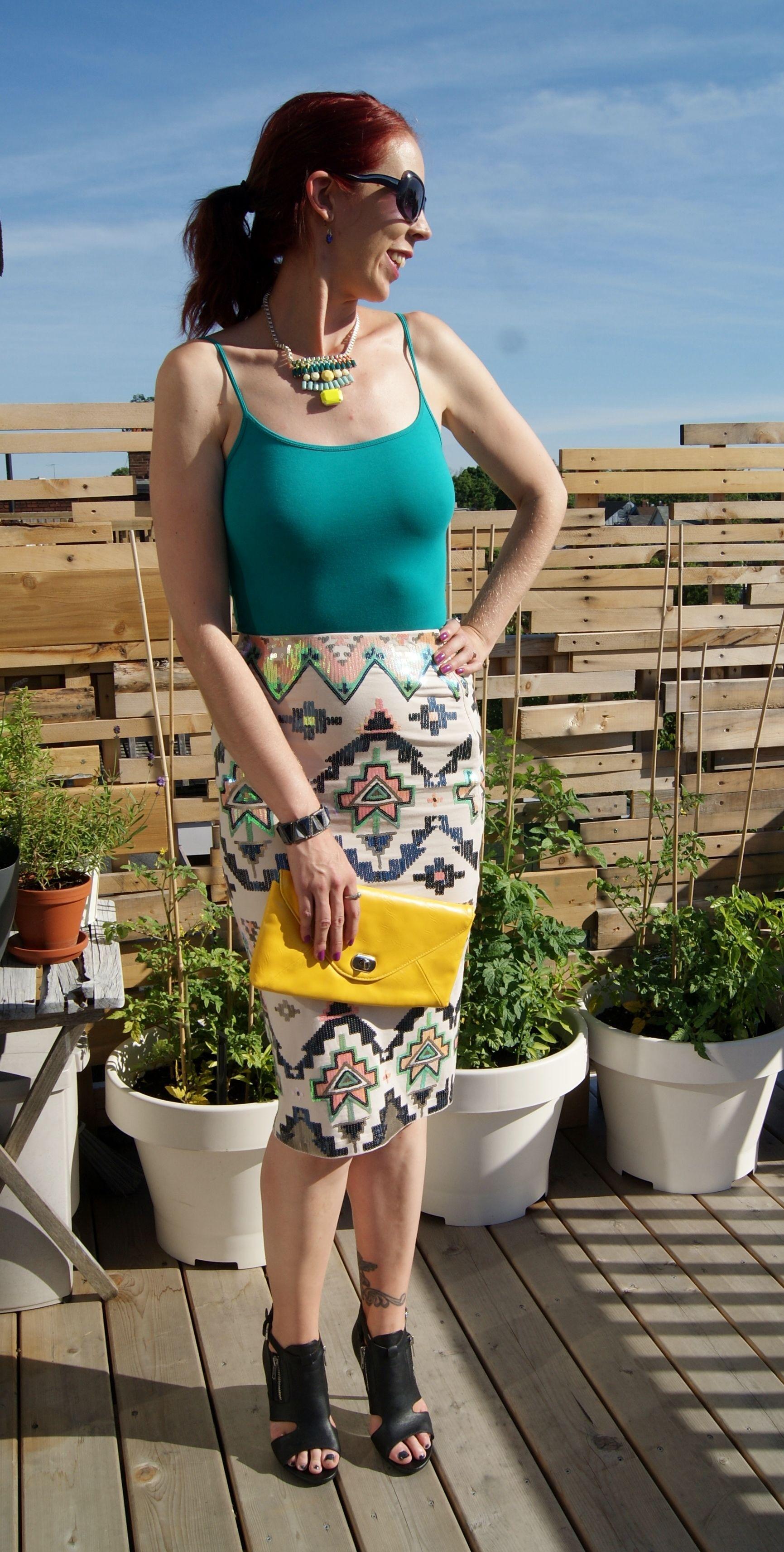 My Style!: Aztec Embellishment! @expresslife midi skirt, @shopforjayu necklace, @forever21 booties!: http://www.thepurplescarf.ca/2014/07/fashion-style-aztec-embellishment-from-express.html #fashion #style #styletips #aztec #midiskirt #mystyle #thepurplescarf #melanieps