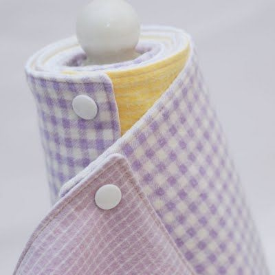 Not sure what I thin about this, but felt the need to pin it :) Snapping Reusable Paper Towels