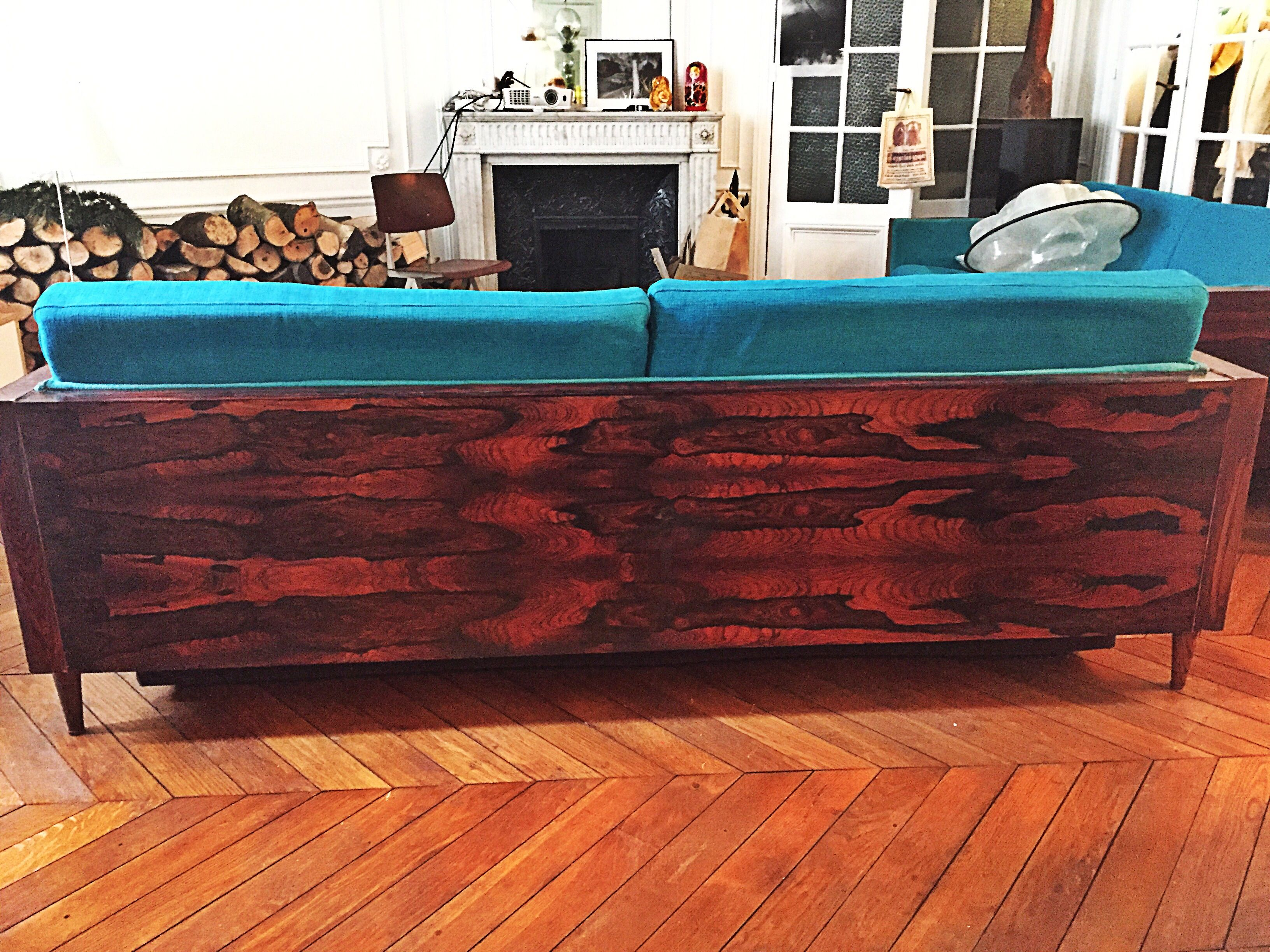 Ikea Karlstad sofa hack  la Milo Baughman Made with rosewood box