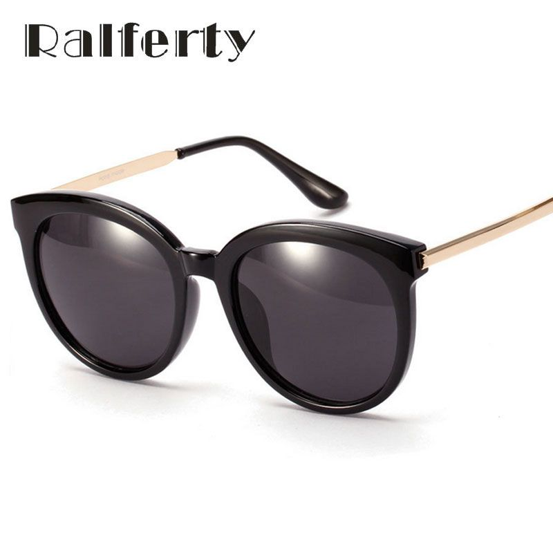 $5.27 (Buy here: https://alitems.com/g/1e8d114494ebda23ff8b16525dc3e8/?i=5&ulp=https%3A%2F%2Fwww.aliexpress.com%2Fitem%2FSunglasses%2F32480966705.html ) Ralferty Vintage Ladies Big Frame Sunglasses Women Oversize Mirror UV400 Sun Glasses Black Beach Shades oculos lunette 1612 for just $5.27
