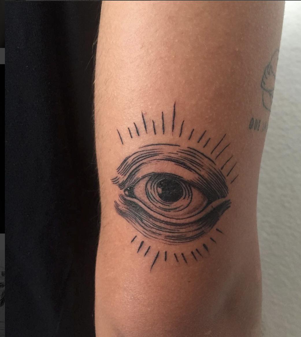 eye black tattoo blackwork line (con imágenes)