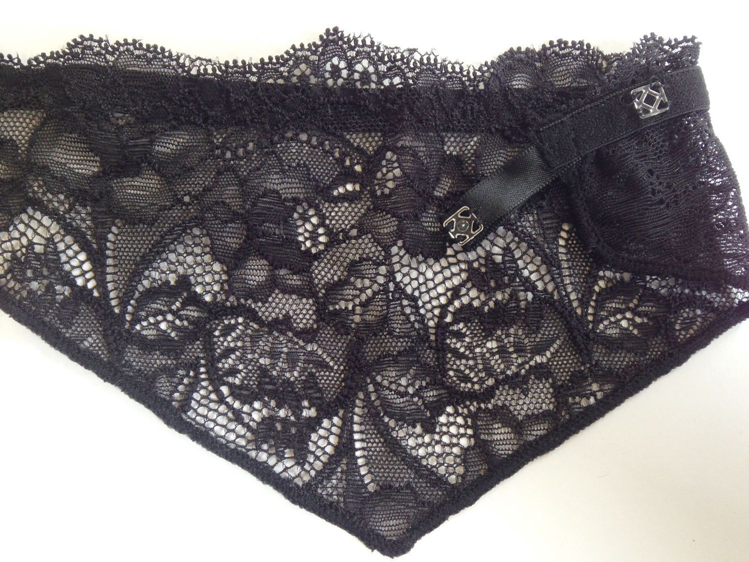 6a659dd82a92f Chest Cover Up - Lace Bra Insert - Modesty Panel - Instant Camisole - BLACK  Lace