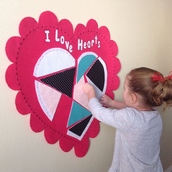 Felt Hearts Valentines Day Felt Wall Hanging Pattern Etsy In 2020 Christmas Activities For Kids Kids Valentines Activities Valentines For Kids