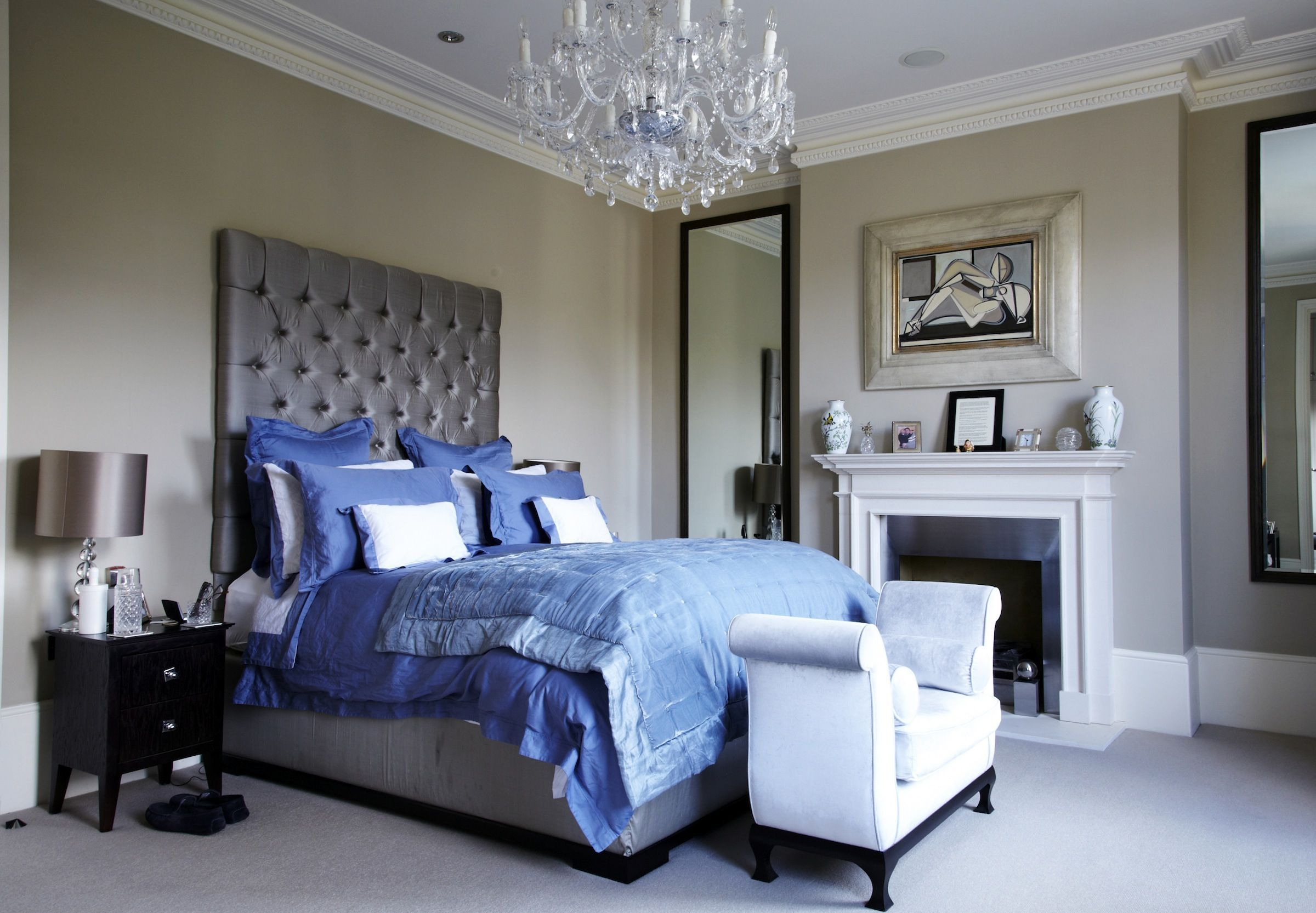 Bedroom Ideas Victorian House  French country living room, Modern