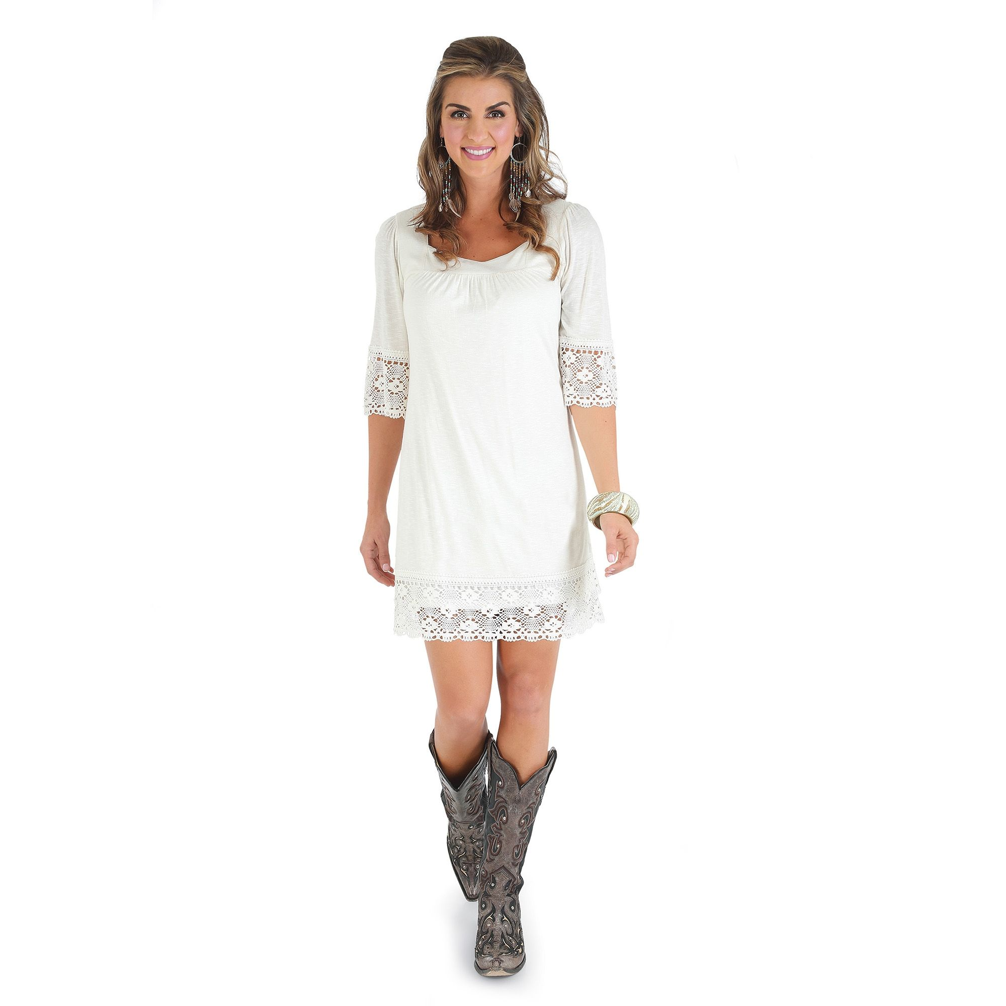 Wrangler Western Model Paige Duke In White Short Sleeve Dress With Crochet At Sleeves And Bottom Womens Shift Dresses White Short Sleeve Dress Cowgirl Dresses [ 2000 x 2000 Pixel ]