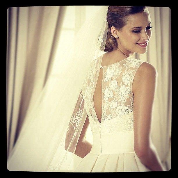 A higher state of gorgeousness. #pronovias #dalia #veil #pretty #beauty #wedding #dress #lace #bride #love #encaje #novia #velo #pronovias2013