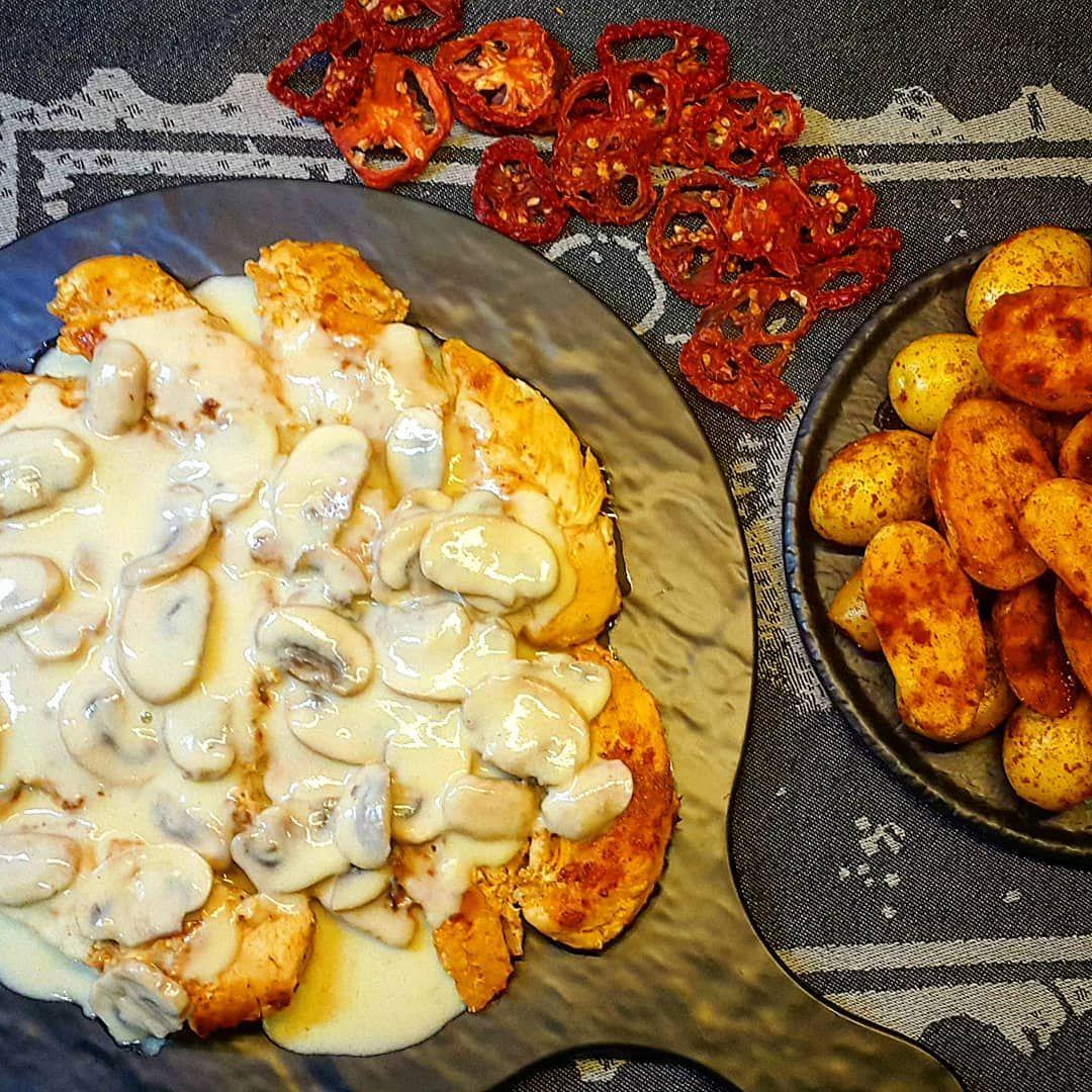 ستيك الدجاج بالكريما Recipes Food Foodie Cooking Foodporn Homemade Instafood Delicious R Healthy Chicken Recipes Easy Healthy Chicken Recipes Food