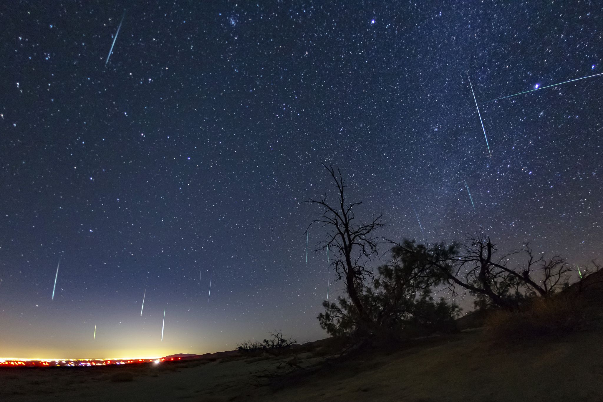 Geminid Meteor Shower 2017 Over El Centro From Dos Cabezas