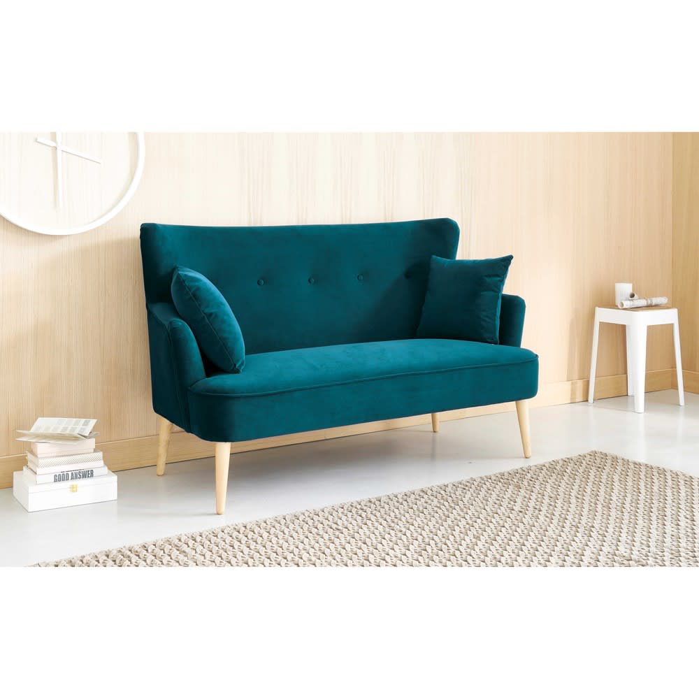 2 Sitzer Sofa Mit Petrolblauem Samtbezug Leon Maisons Du Monde Couches For Small Spaces Sofas For Small Spaces Small Couch In Bedroom