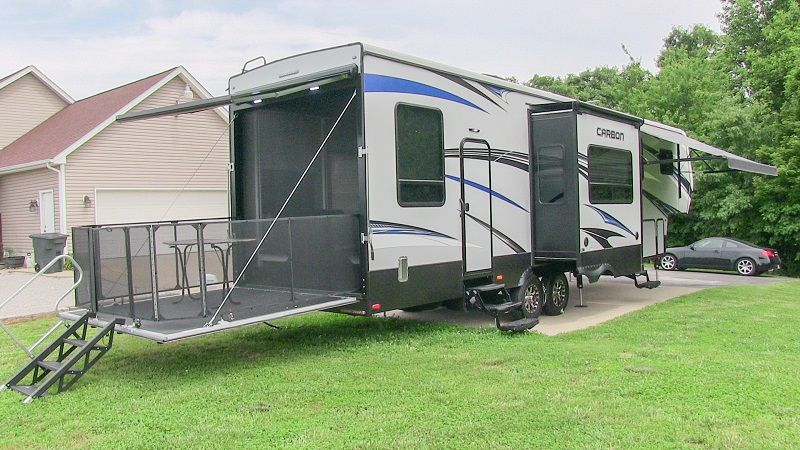 2016 Keystone Carbon 357 toy hauler triple-slide fifth wheel