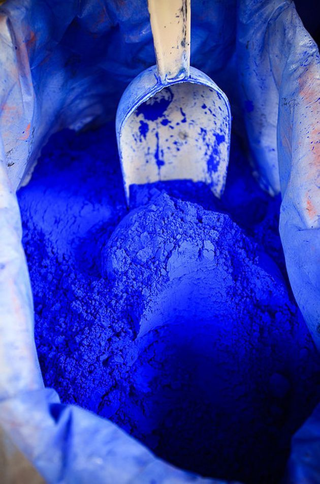 Bleu indigo : une couleur à l'âme voyageuse - Clem Around The Corner