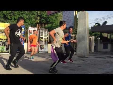 Pasito Machete By Edward Sanchez | Zumba® Fitness | Zumba With THE LEGENDZ - YouTube