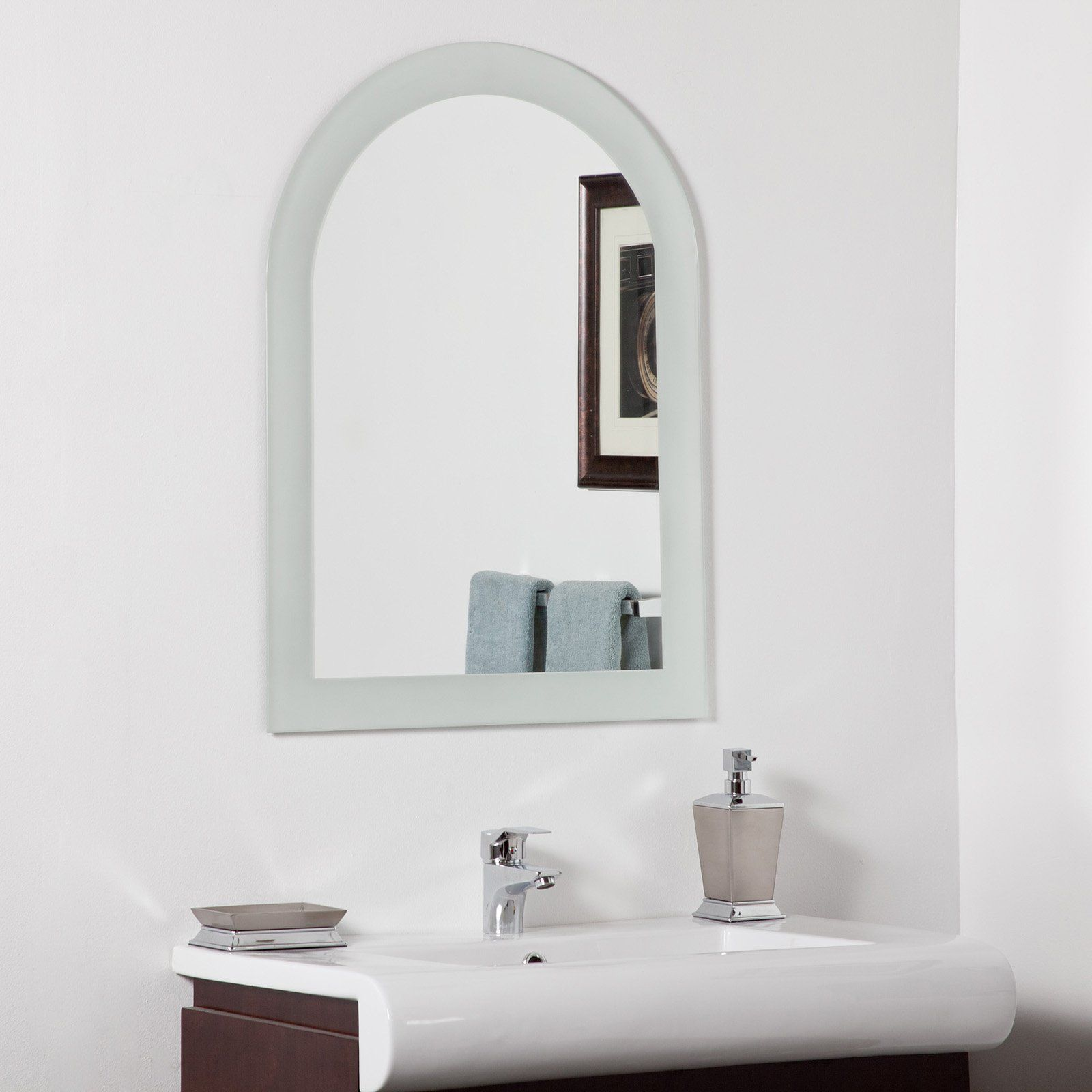 Pic On Shop Decor Wonderland Khloe Modern Bathroom Mirror at Lowe us Canada Find our selection of bathroom mirrors at the lowest price guaranteed with price match