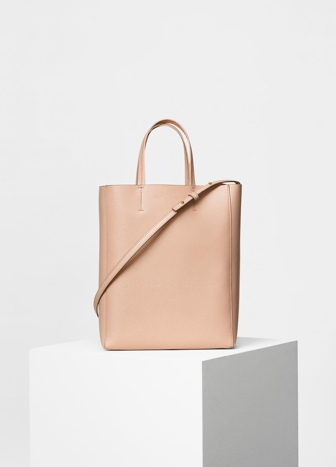 80f65592e86b Celine Spring 2017 Small Cabas in Blush Calfskin Liégé SMALL CABAS IN BLUSH  CALFSKIN LIÉGÉ REMOVABLE AND AJUSTABLE STRAP. Vertical.