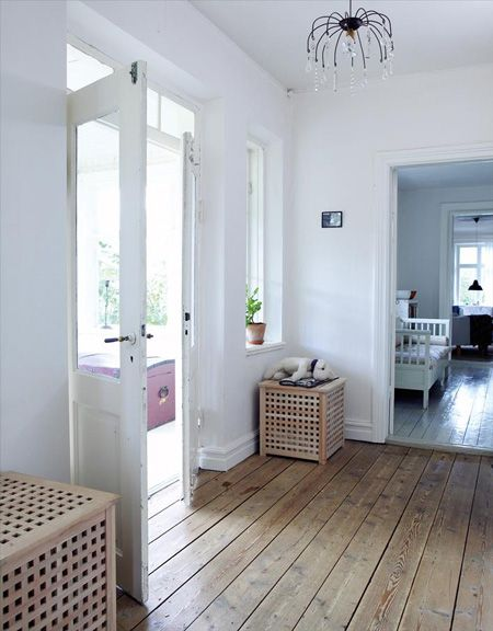 Love This Look The Floors The White Walls The Wicker