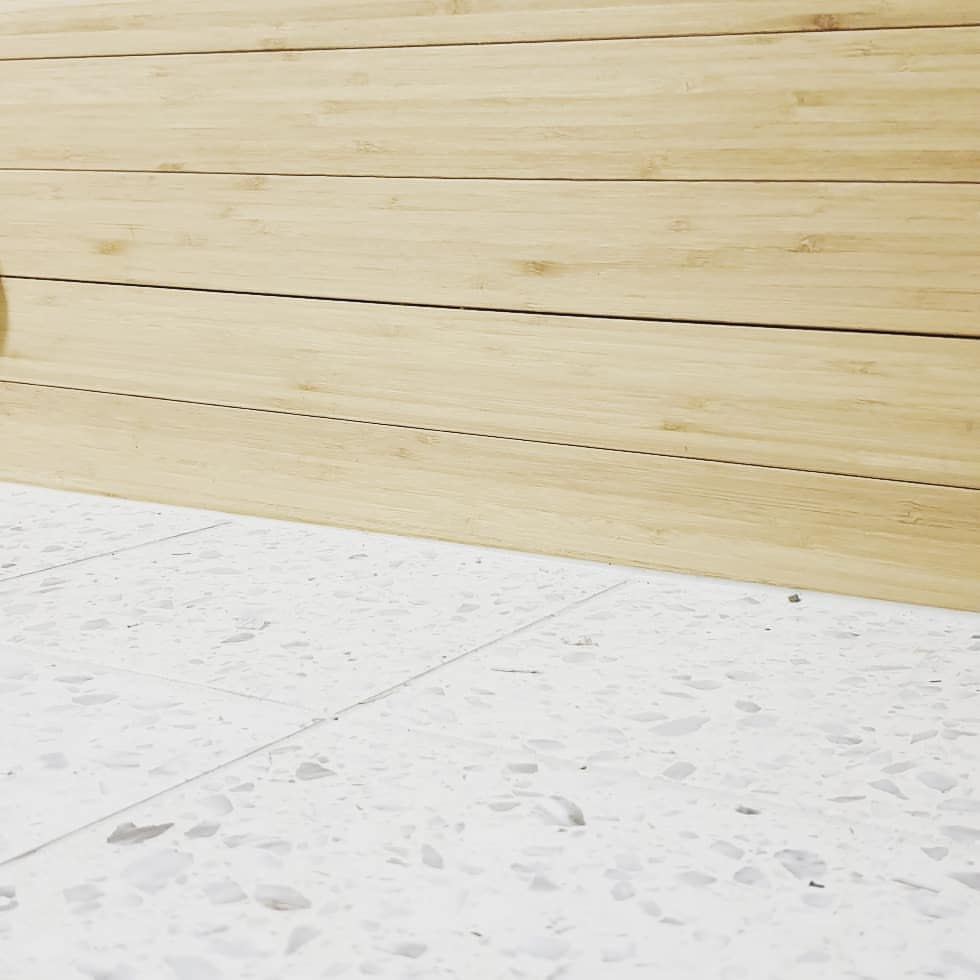 "Photo of Vinderen Bad As on Instagram: ""3 flater møtes på et bad. Flis og bambus. Fine farger på et lite bad. #baderomfravinderenbad  #godthåndverk #fagflis rørarbeid fra…"""
