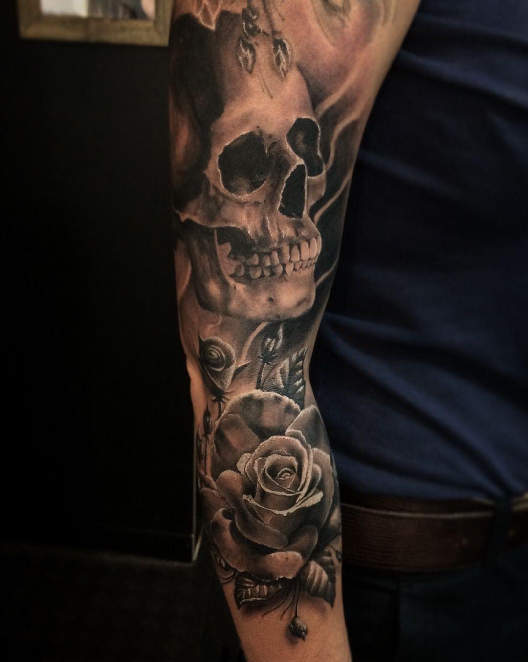 Tattoo tatuagem caveira Rosa flor skull rose