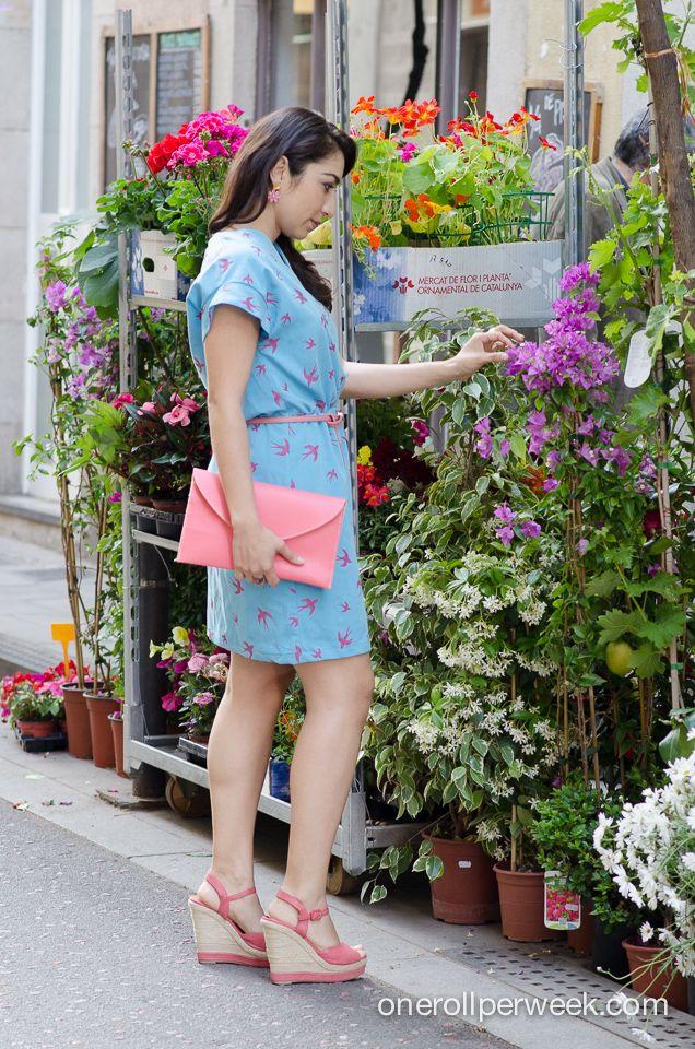 vestido azul con estampado ...http://klausstrofobia.com/style/local-fashion/made-with-love-con-andrea-martinez/
