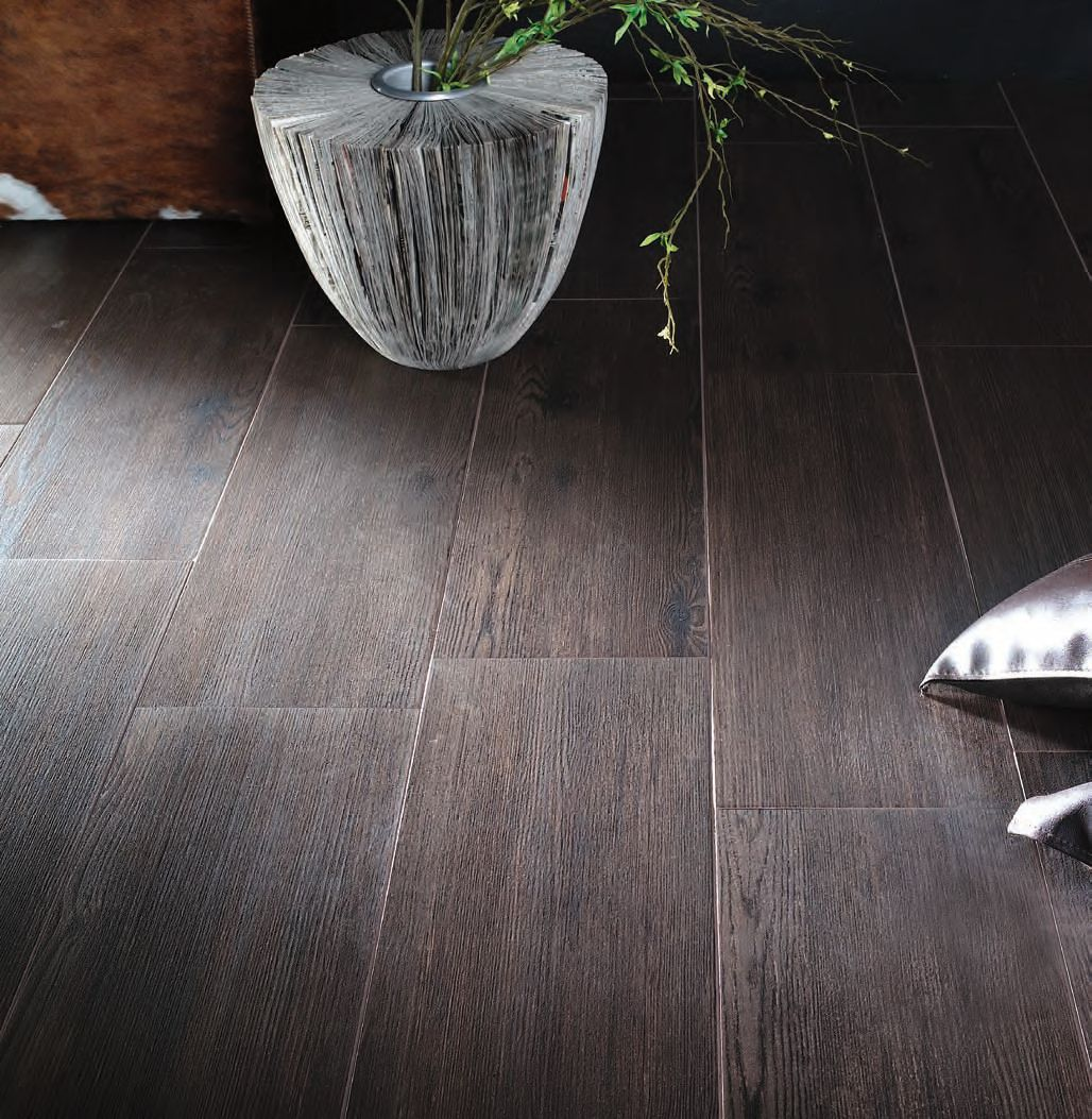 Selling a home right now withi this: Wood grain ceramic tile ...