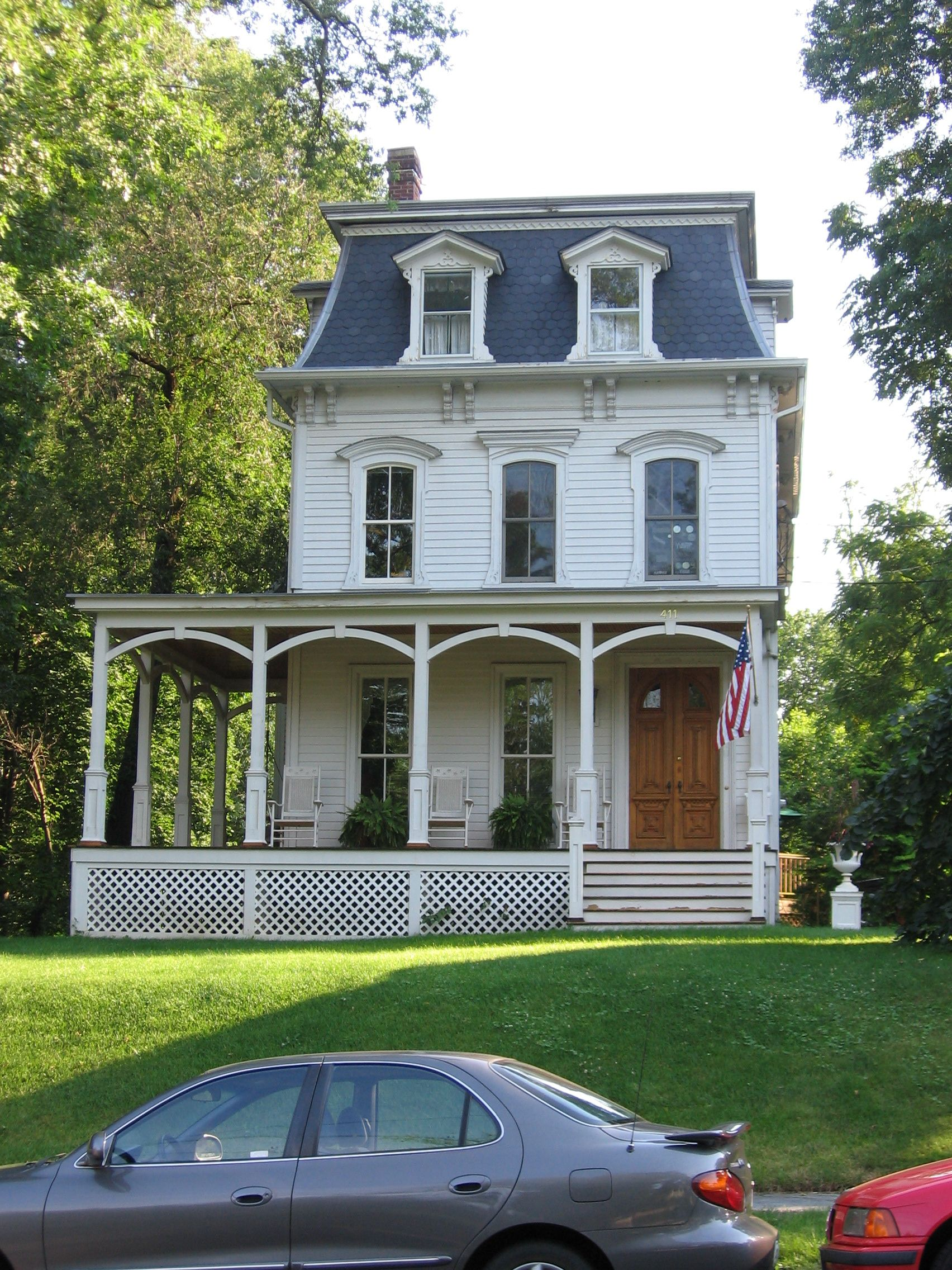 House in Westfield NJ that was the inspiration for Gomez and ...