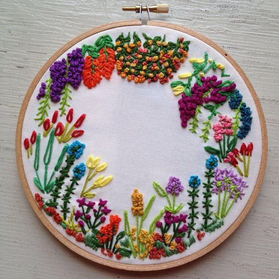 Garden flowers embroidery hoop by itsonlyyou pomysły do