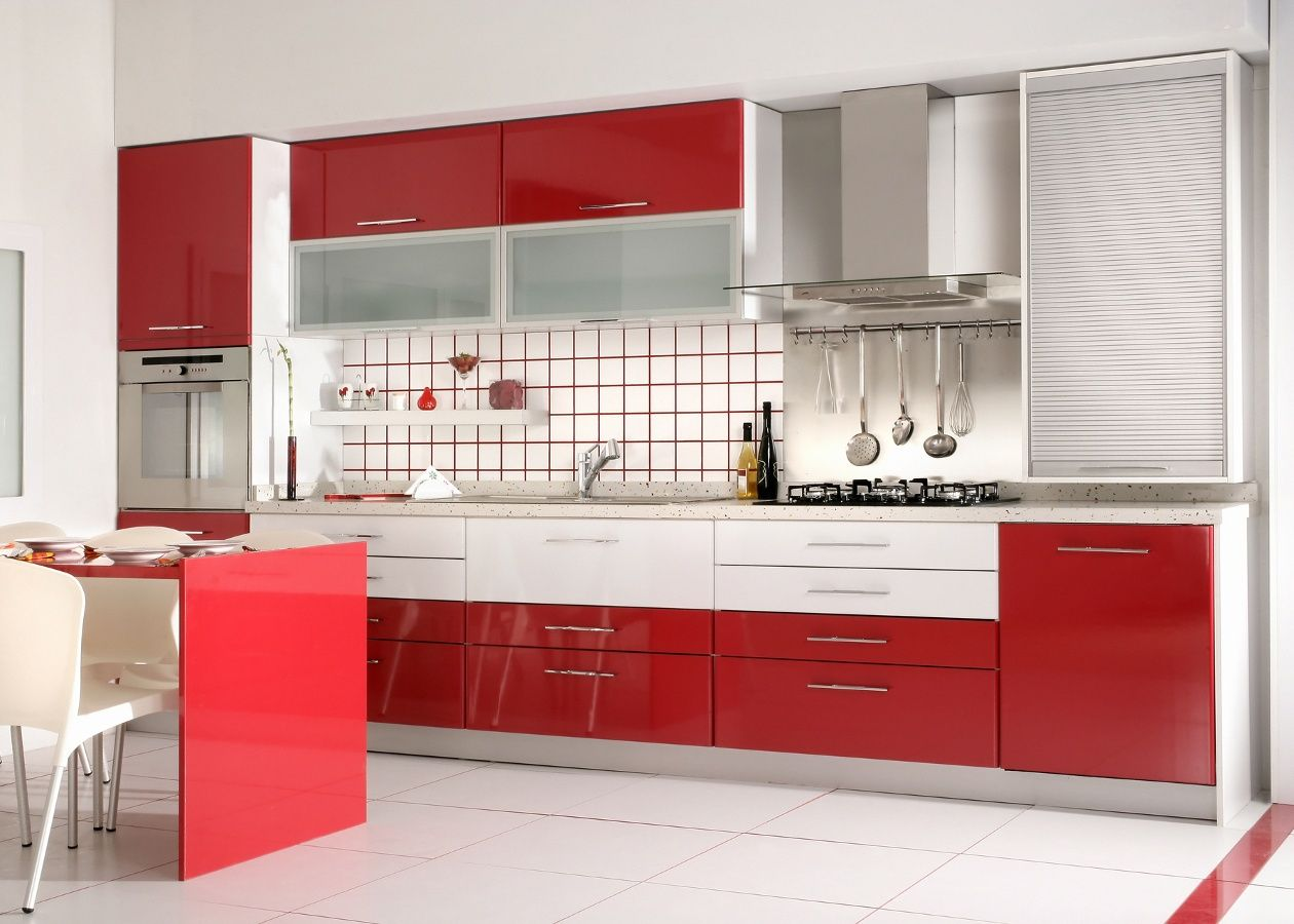 Bi color kitchen cabinets are trending and rauvisio for Bi color kitchen cabinets