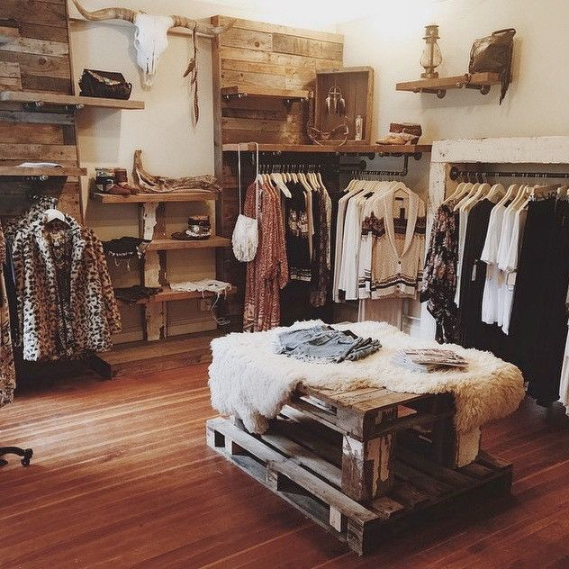 Five New Seattle Stores In 2020 Clothing Store Displays Boutique Interior Boutique Decor