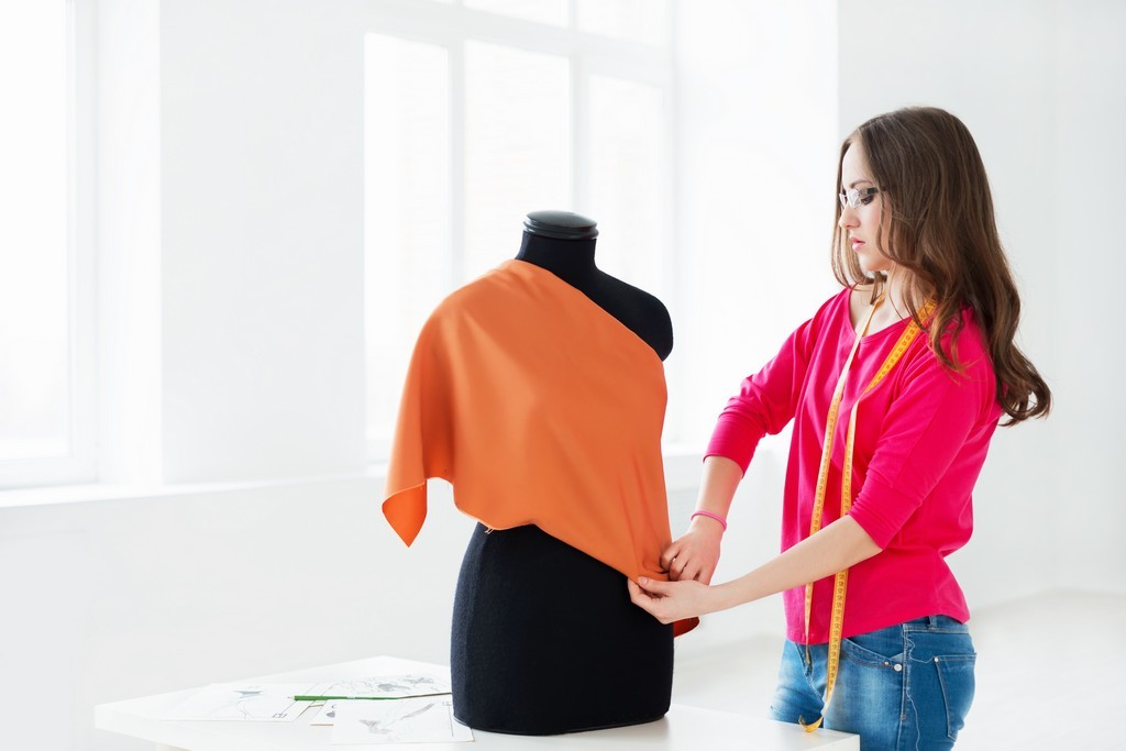 Do You Want To Become Fashion Designers In Reputed Industries In India Employment Guaranteed For Al Technology Fashion Fashion Design Fashion Designing Course