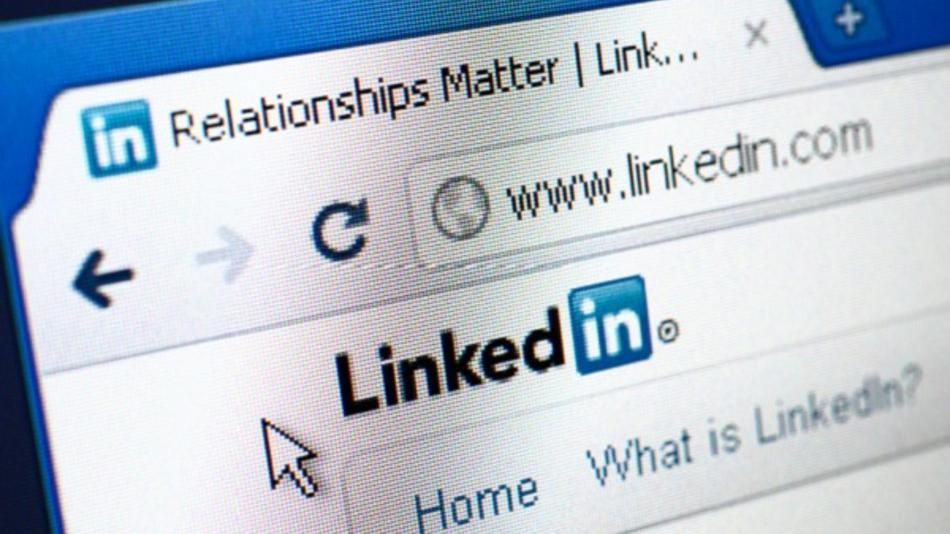 Your #resume and your #LinkedIn profile are similar but they - linkedin resumes search
