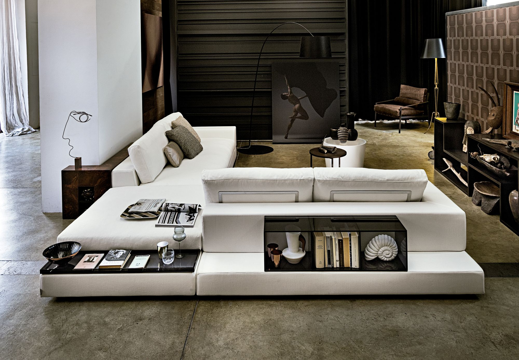 Contemporary High End Plat Sectional Italian Designer Luxury Furniture By Cassoni In 2020 Sofa Design Italian Sofa Designs Modern Tv Room