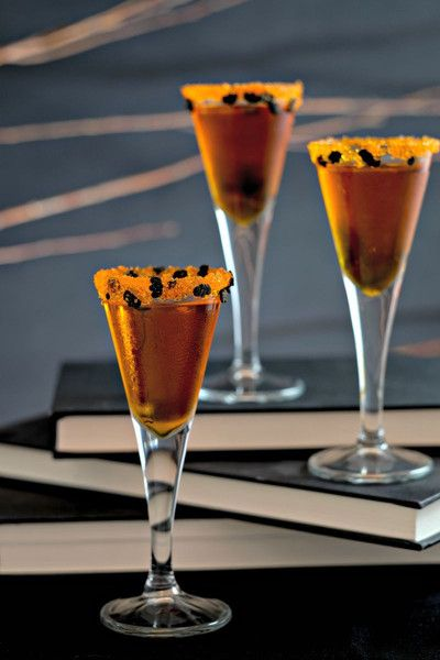Halloween cocktail rimming sugar - add some delicious sparkle to your All Hallows Eve party with our Bats in the Belfry cocktail rim sugar. I Dell Cove Spice Co., Chicago, IL  http://www.dellcovespices.com