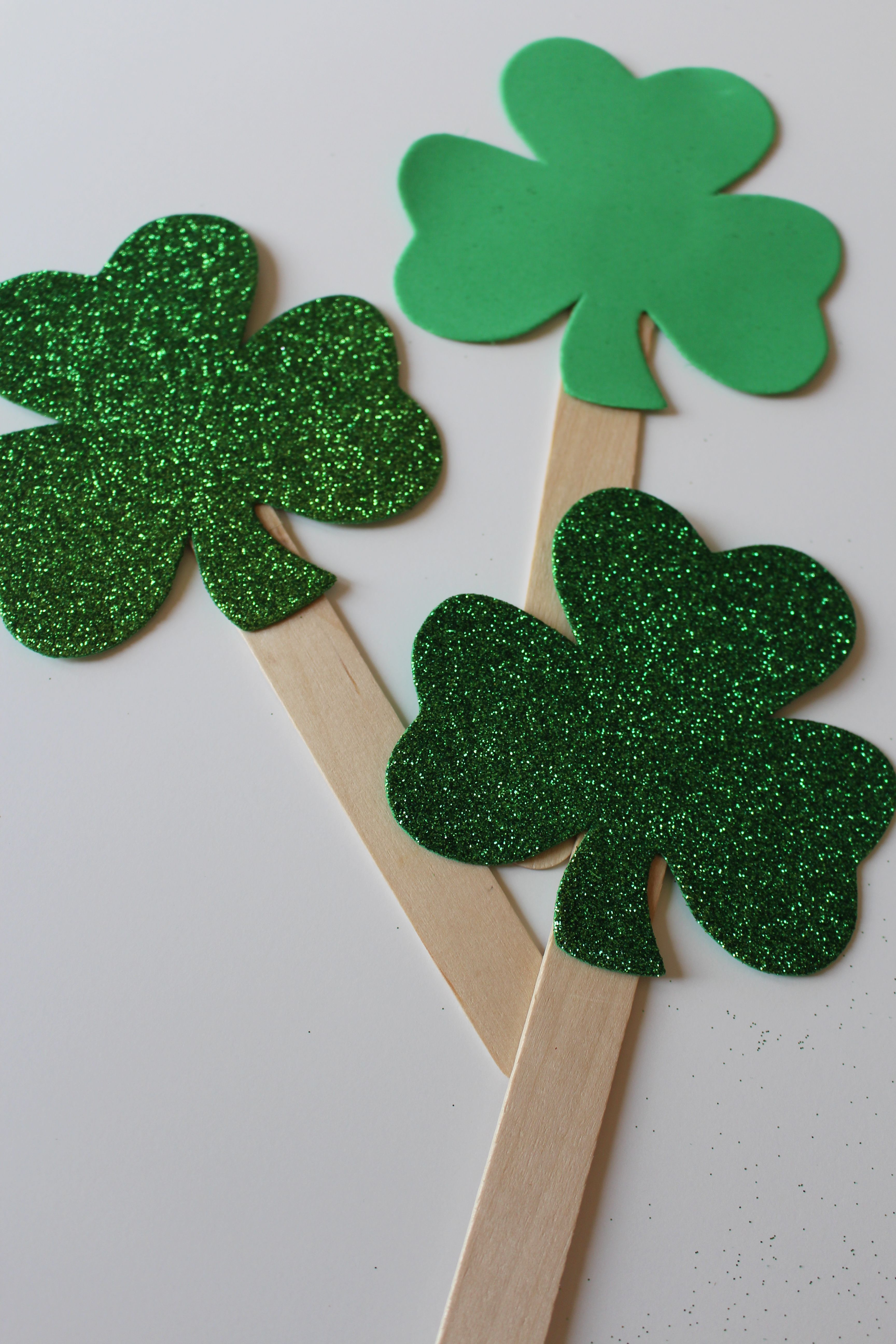 Create fun st patricks day favor items or toys for the